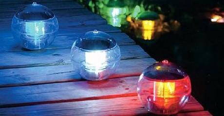 lampe-de-jardins-solaire-3-couleurs-waterproof