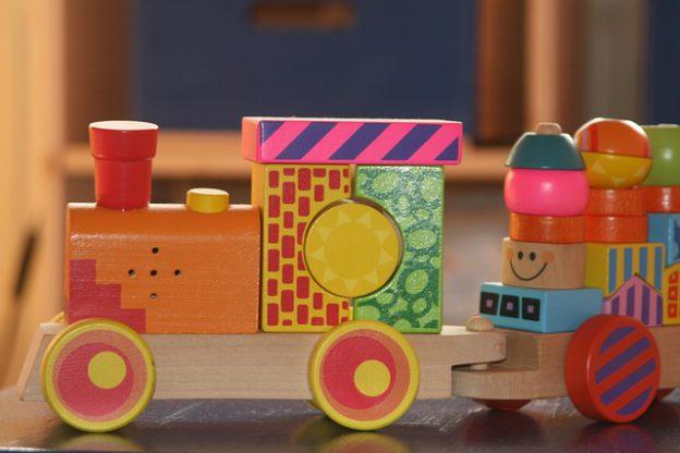 choisir-jouets-bois-a-enfant
